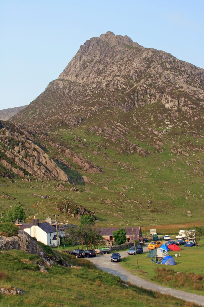 Gwern Gof Uchaf campsite at the foot of Tryfan in the Ogwen valley