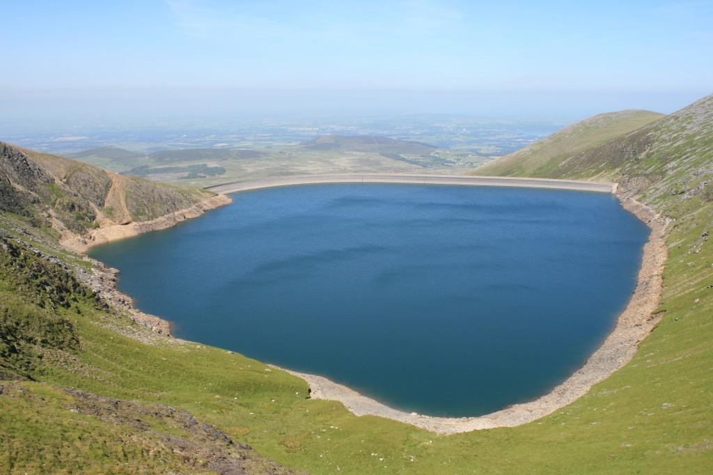 Marchlyn Mawr reservoir between Elidir Fawr and Mynydd Perfedd